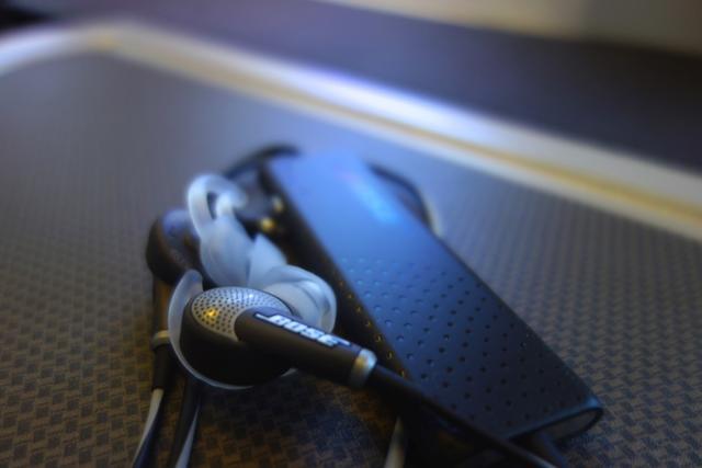 主动降噪耳机02.jpg