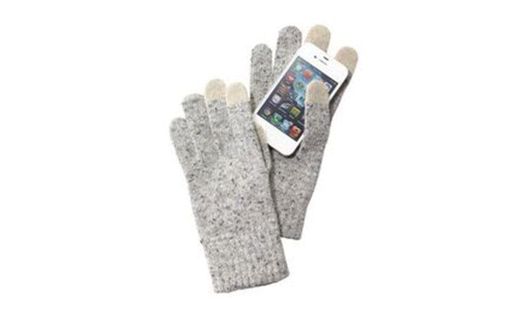 不用脱手套也能玩手机?11 款触屏手套推荐