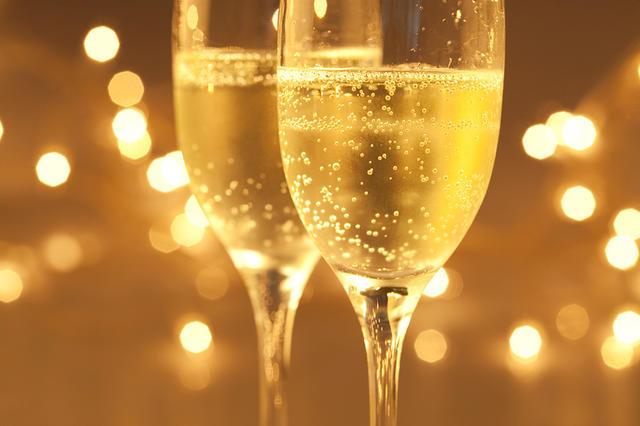 champagne-wallpaper.jpg