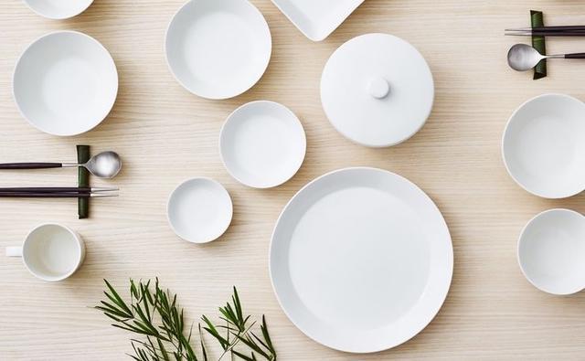白色餐瓷.jpeg