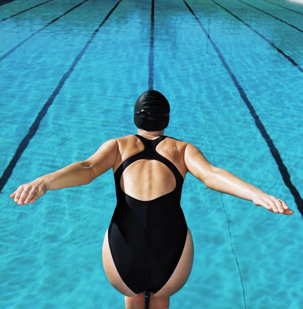 当游泳只是游泳,我该怎么挑装备?