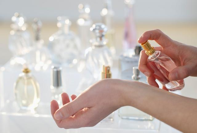 vaseline-perfume-1363299209.jpg