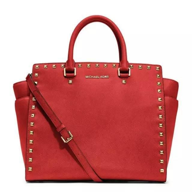 7 个轻奢品牌,哪家包包最好?